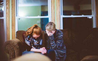 Ystävyys ennustaa onnellisuutta ja viisi muuta poimintaa