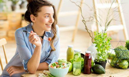 Ravinto vaikuttaa mieleen – ja toisin päin