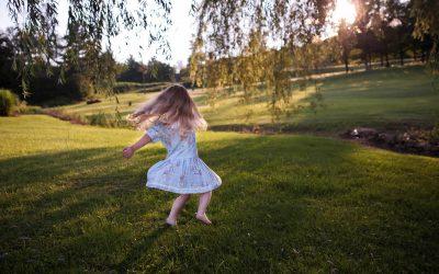 Hymyn vaaliminen kannattaa – kokeile vaikka tanssia sydämesi kyllyydestä