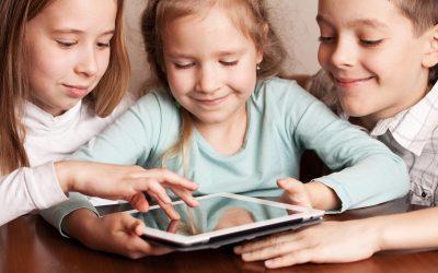 Lapsen tunnetaidot kehittyivät pelaamalla